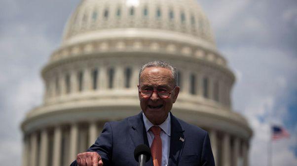 """زعيم الديمقراطيين بمجلس الشيوخ قلق من أن """"ينجر"""" ترامب إلى حرب مع إيران"""