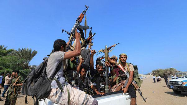 وسائل إعلام: التحالف بقيادة السعودية يضرب أهدافا للحوثيين في الحديدة