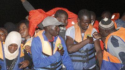 Migranti: 100 sbarcati a Lampedusa