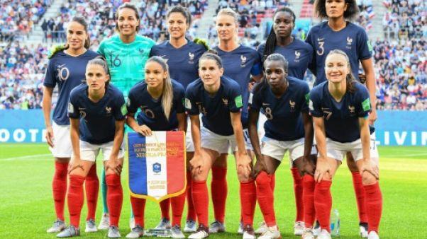 Les Bleues avant le match de phase de groupes du Mondial face au Nigéria, à Rennes, le 17 juin 2019