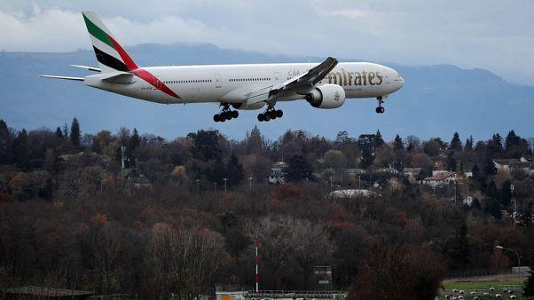 طيران الإمارات تحول مسار رحلاتها بعيدا عن مناطق الصراع المحتملة بالخليج