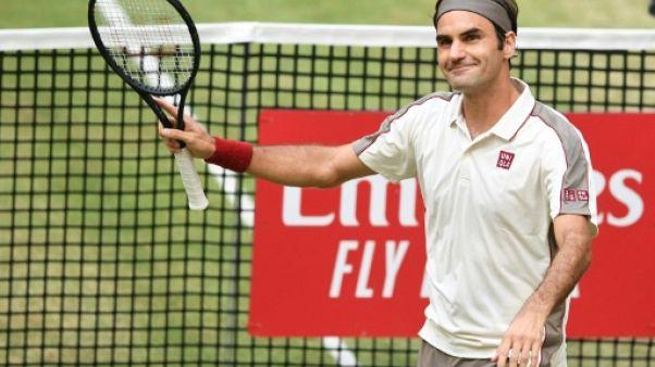 Le Suisse Roger Federer se qualifie pour les demi-finales de Halle le 21 juin 2019