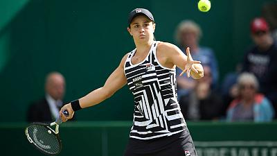Barty eases past 'inspirational' Williams into Birmingham semis