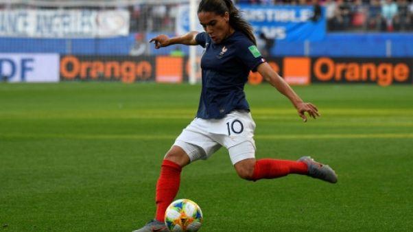 La défenseure de l'équipe de France Amel Majri contre le Nigeria, le 17 juin 2019 pour le dernier match des Bleues dans le Groupe A à Rennes