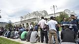 Milano, regole per accoglienza migranti