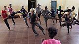"""""""Les Pieds dans la mare"""", compagnie de danse issue des quartiers pauvres à Abidjan"""