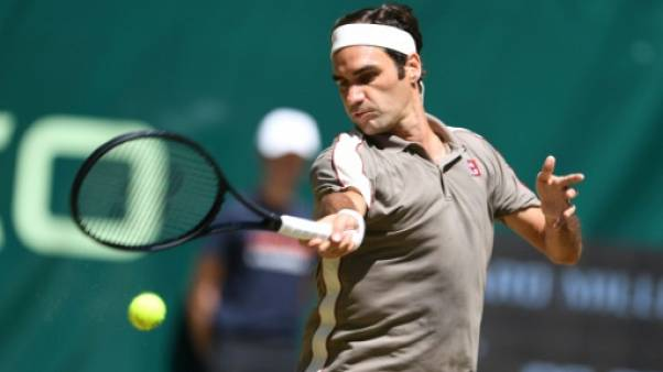 Le Suisse Roger Federer remporte le tournoi sur gazon de Halle le 23 juin 2019