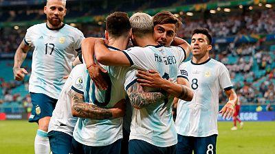 Argentina beat Qatar 2-0 to qualify for Copa America last eight