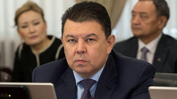 قازاخستان: إيران وفنزويلا قد تعقدان محادثات اتفاق النفط العالمي
