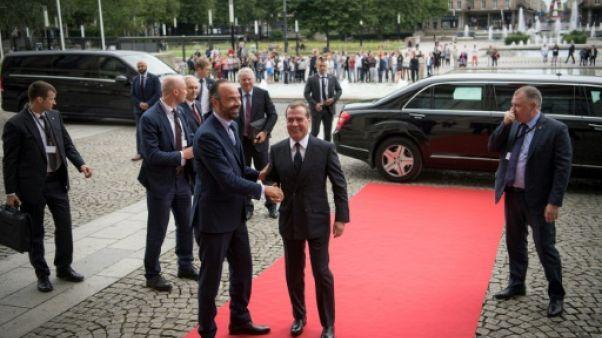 Dmitri Medvedev et Edouard Philippe (g) au Havre, le 24 juin 2019