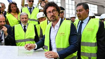 Toninelli, impegnato 1 miliardo a Genova