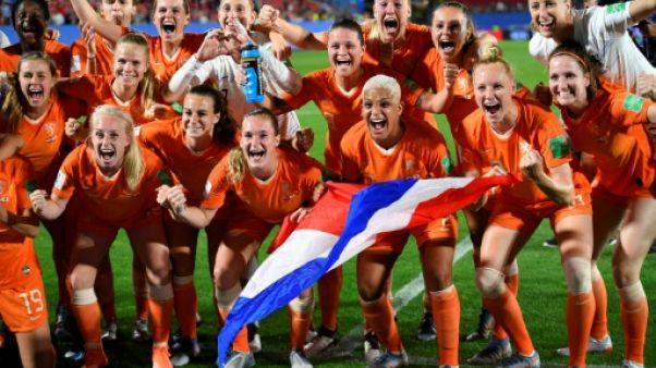 Les Pays-Bas qualifiés pour les quarts de finale du Mondial féminin en battant le Japon 2-1 à Rennes le 25 juin 2019