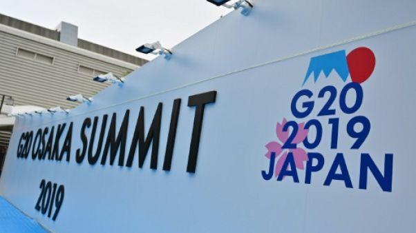 Une scène installée pour les participants au sommet du G20 à Osaka au Japon, photographiée le 26 juin 2019