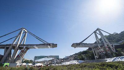 Ponte, per esplosione autostrada chiusa