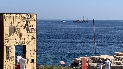 SeaWatch viola divieto e punta Lampedusa