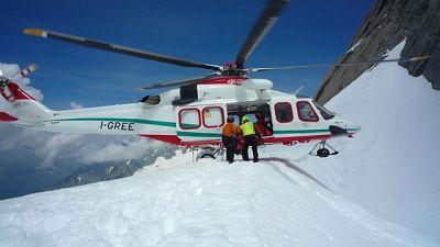 Precipita parapendio sul Monte Bianco