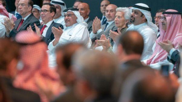 Dans les couloirs de la conférence à Bahreïn, la kippa côtoie le keffieh