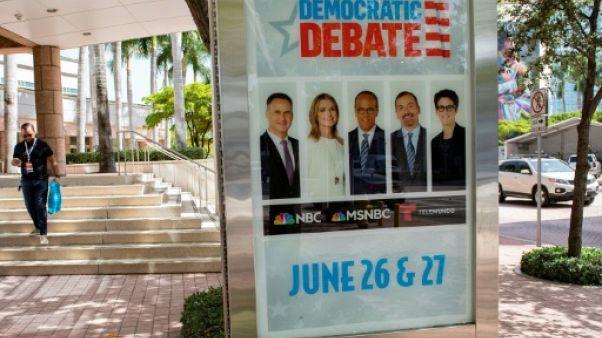 Affiche à l'extérieur de l'enceinte où se tiendront les deux débats des candidats à l'investiture démocrate, les 26 et 27 juin 2019