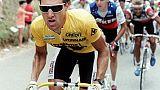 Le Français Charly Mottet, revêtu du maillot jaune, lors de la 16e étape du Tour de France entre Blagnac et Millau, le 16 juillet 1987
