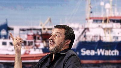 Salvini, Ue ci perseguita sui conti