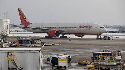 India says business environment not good for Air India sale in immediate future