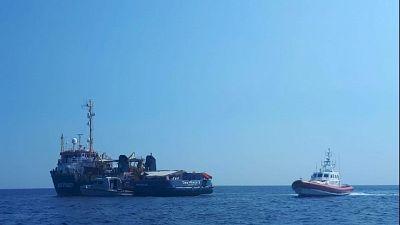 Sea Watch, sbarcato anche un minorenne
