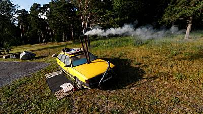 Feeling the heat? Estonian takes his sauna on the road, literally