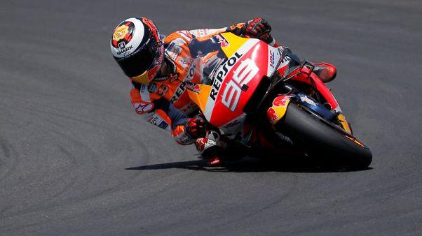 نقل لورينزو إلى مستشفى بعد حادث واستبعاده من سباق هولندا