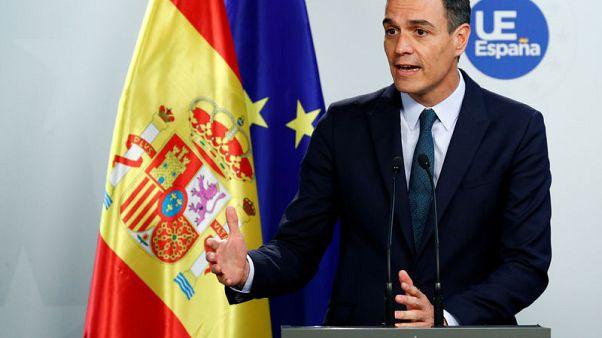رئيس الوزراء الإسباني يدعو لتغيير سياسي في رئاسة المفوضية الأوروبية
