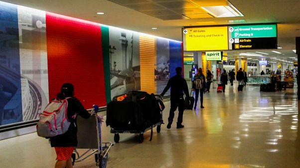 هبوط اضطراري يسبب إغلاقا وجيزا لمطار نيوارك بأمريكا