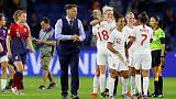 U.S. coach Ellis hails Ferguson's impact on England boss Neville