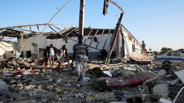 الأمم المتحدة: مقتل 30 على الأقل في هجوم على مركز للمهاجرين بالعاصمة الليبية