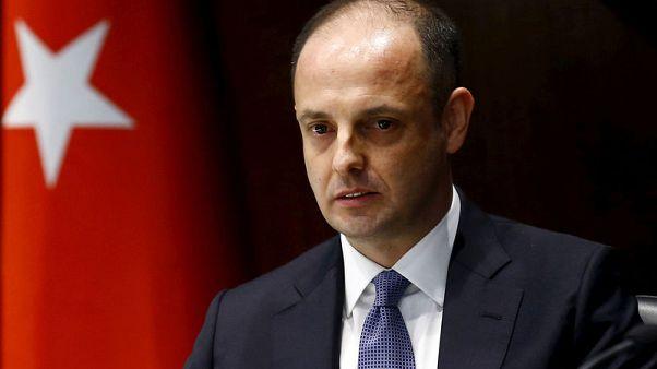 أردوغان يقيل محافظ البنك المركزي التركي وسط خلاف على السياسة النقدية