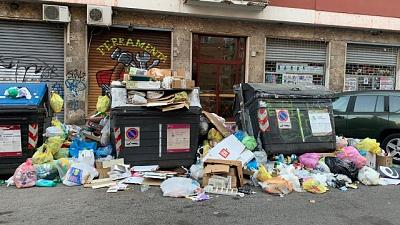 Ancora roghi di cassonetti a Roma