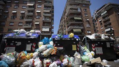 Rifiuti: Roma: 1.000 ton. da collocare