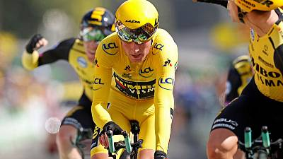 Cycling: Teunissen stays in yellow as Jumbo-Visna win Tour time trial