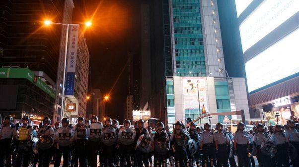 شرطة هونج كونج تعتقل 6 خلال احتجاجات