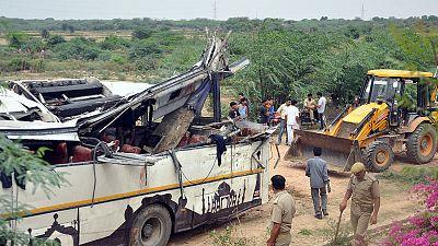 Bus crash on highway to India's Taj Mahal kills 28, injures 18