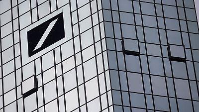 Deutsche Bank's bank capital debt back in the red, CDS decline