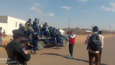 Congolese army fires in the air during protest at Glencore plant