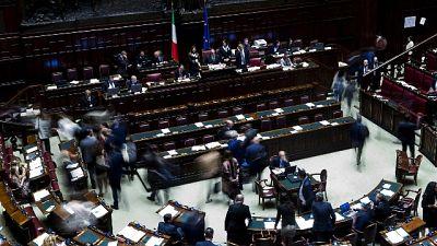 Ue: Governo alla Camera su Consiglio Ue