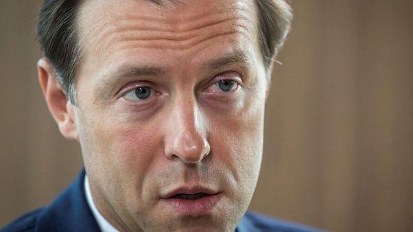 وزير: روسيا تعتزم تصنيع 200 طائرة من طراز سوخوي رغم حادث تحطم