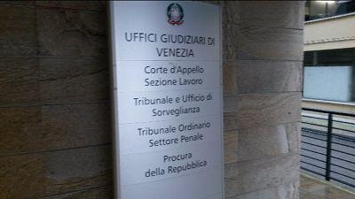 Nave sbanda a Venezia: atti a Procura