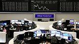 أسهم أوروبا تتراجع بفعل دويتشه بنك وانحسار الآمال في خفض كبير للفائدة