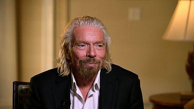 Richard Branson's Virgin Galactic plans to go public - source