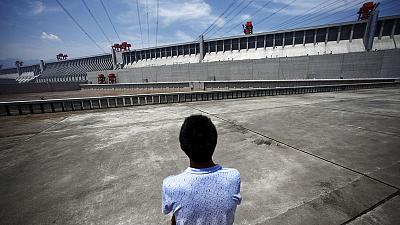 Three Gorges Dam is safe, say China officials, dismissing online rumours