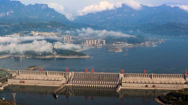 مسؤولون صينيون يؤكدون سلامة سد الخوانق الثلاثة وينفون الشائعات