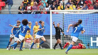 Studio Figc, boom calcio femminile +39%
