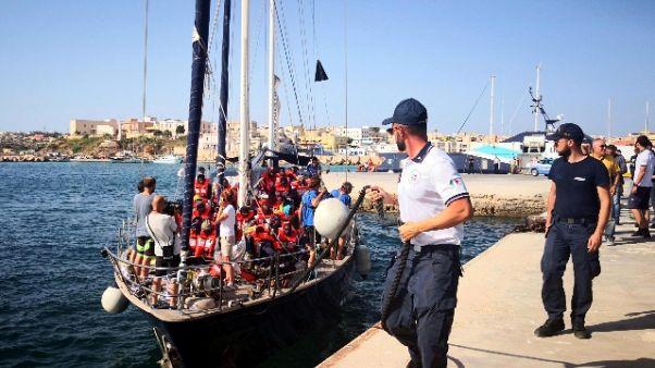 Migranti: Pm convalida sequestro Alex