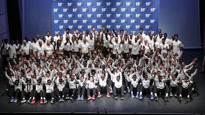 La National Basketball Association (NBA), la Fédération Internationale de Basket-Ball Amateur (FIBA) et la Federation Senegalaise de Basket-ball Accueilleront la 17eme edition du Basketball without Borders Afrique au Senegal